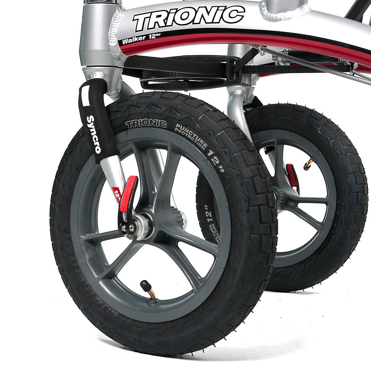 Trionic Primera タイヤ